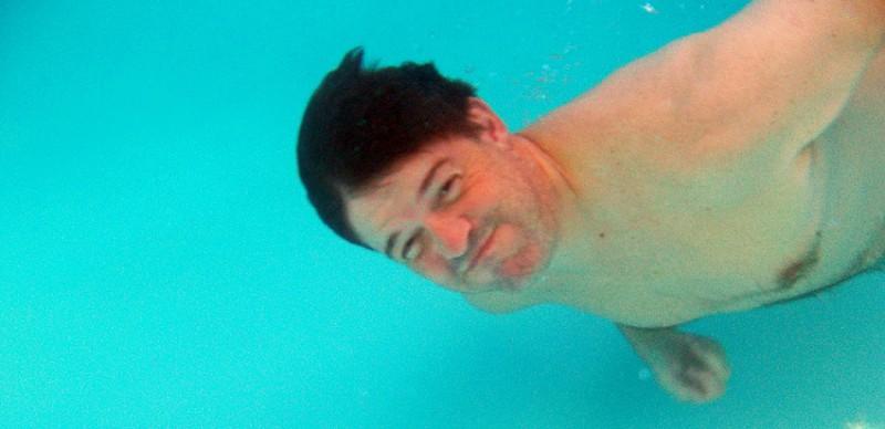 Pool04