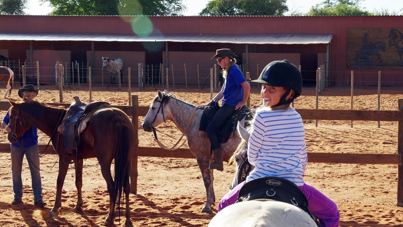 Horseback01